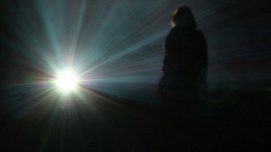 iz tame u svetlost
